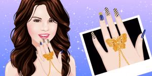 Selena Gomez Manicure
