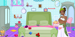 Pregnant Tiana Messy Room