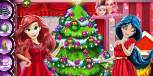 Disney Princesses & The Perfect Christmas Tree